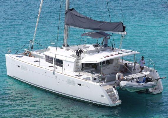 Alquilar Catamarán Lagoon 450 en Ibiza