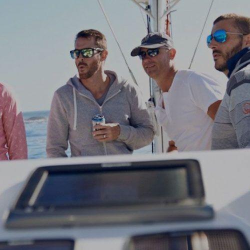 Alquila un barco y navega con tus amigos
