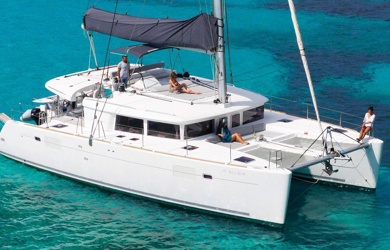 Alquilar catamarán lagoon 450